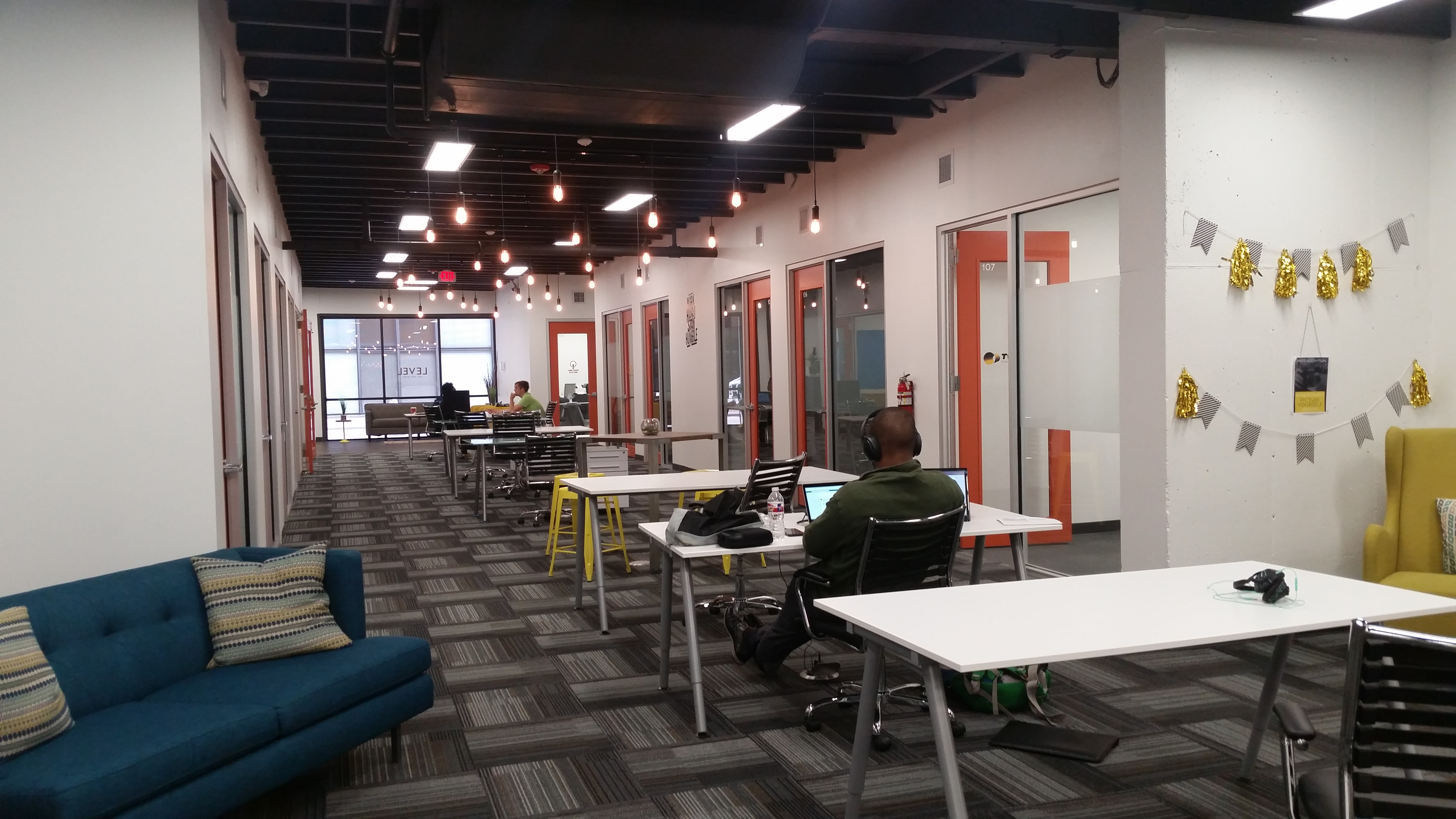 get your Workspace Freedom at Level Office in H-town