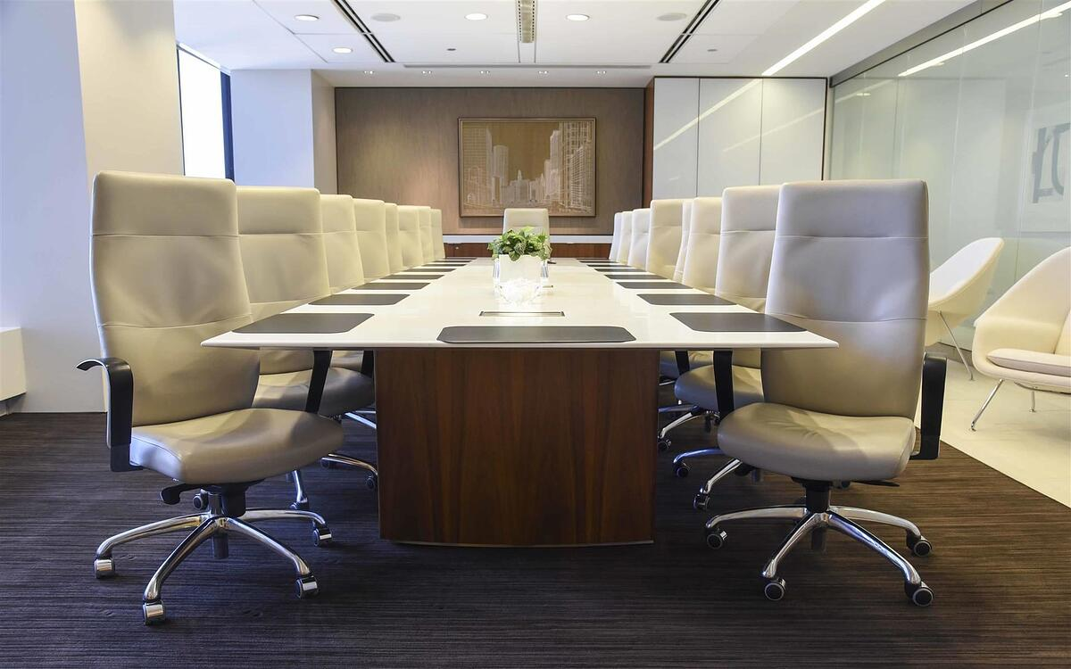 Looking for Meeting Rooms in the Willis Tower?