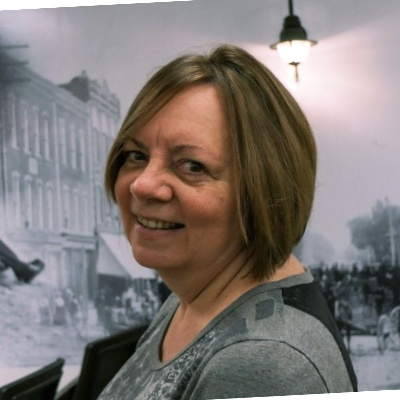 Rhea Burns,President of The Clever Office in Collingwood, Ontario